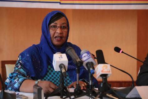 Madame Mariam Mahamat Nour, Ministre du Plan et de la Coopération Internationale du Tchad lors de son discours. ©UNICEF CHAD/2015/Manuel