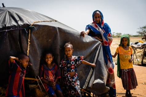 Halime Attaï - 25 and her 4 children - all healed from measles outbreak. Children in the Nomadic Camp of Aboudroua in the Guera Region – Central Chad. Because of their multiple displacements and difficult access to basic social services, the local hea