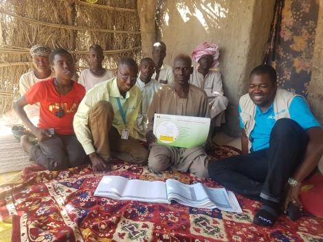 L'entretien de l'UNICEF sur l'utilisation des registres communautaires pour la vaccination /Bria